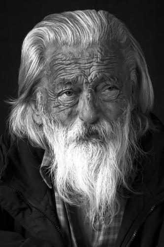 alejandro elsitdieh - fcc valparaiso - barba blanca